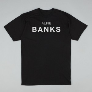 discovery black tshirt